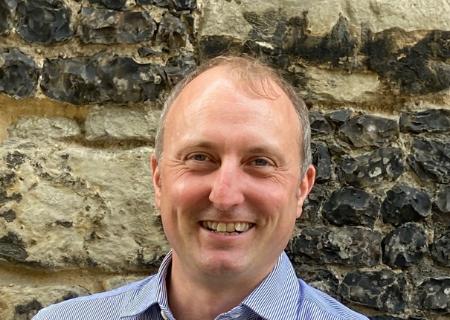 Simon Barrs